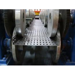 畅销全自动电缆桥架线槽成型机设备