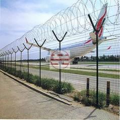 长沙机场新型防护网 直线型刀片刺绳 刺丝滚笼 规格齐全