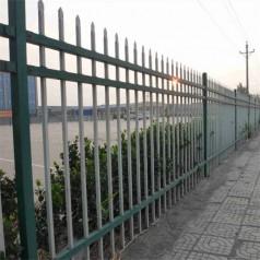 福建市政建设铁艺花式围墙栏杆 镀锌钢管 草坪绿化塑钢护栏