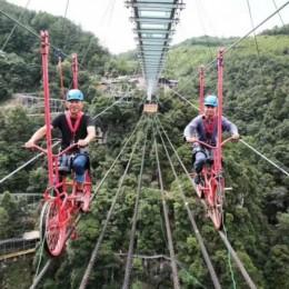 河北大型网红桥高空自行车加工厂家