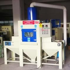 广东喷砂机厂家供应平面输送式全自动摇摆式自动喷砂机